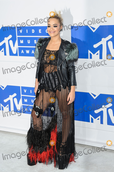 Warming to The MTV Music Awards on 28 August