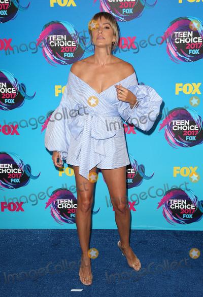 Renee Bargh Photo - 13 August 2017 - Los Angeles, California - Renee Bargh. 2017 Teen Choice Awards held at The Galen Center. Photo Credit: F. Sadou/AdMedia