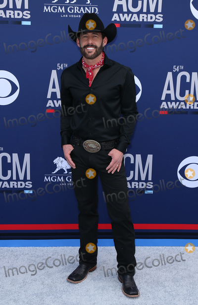 Aaron Watson Photo - 07 April 2019 - Las Vegas, NV - Aaron Watson. 54th Annual ACM Awards Arrivals at MGM Grand Garden Arena. Photo Credit: MJT/AdMedia