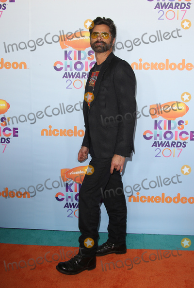 John Stamos Photo - 11 March 2017 -  Los Angeles, California - John Stamo. Nickelodeon's Kids' Choice Awards 2017 held at USC Galen Center. Photo Credit: Faye Sadou/AdMedia