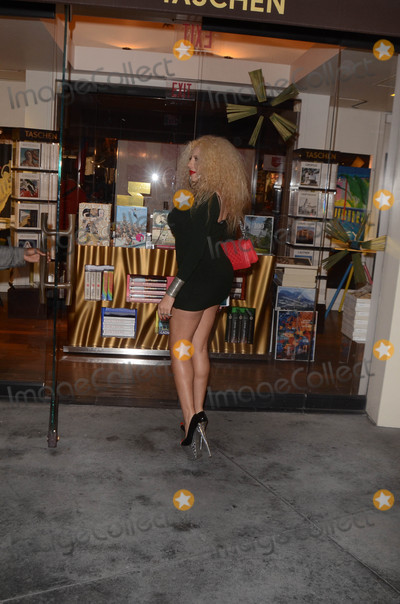 Afida Turner Photo - Afida Turner the French Singer, and daughter-in-law of Tina Tuner, is spotted out doing some holiday shopping in Los Angeles, CA 11-30-17