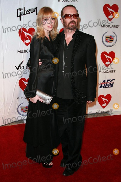 Dave Stewart, Aretha Franklin Photo - Dave Stewart and guest at the 2008 MusiCares Person Of The Year Awards Honoring Aretha Franklin. Los Angeles Convention Center, Los Angeles, CA. 02-08-08