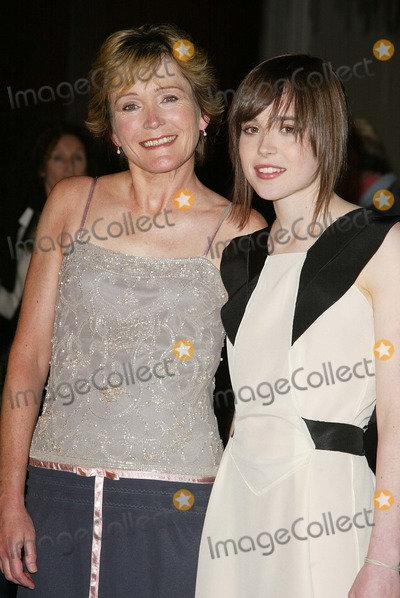 Ellen Page Photo - Ellen Page and her mother