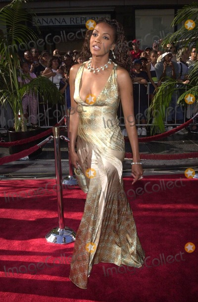 Vivica A. Fox, Vivica A Fox, Vivica Fox Photo - Vivica A. Fox at the 2nd Annual BET Awards, held at the Kodak Theater, Hollywood, 06-25-02