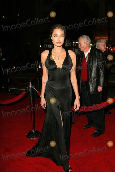 """Angelina Jolie, ANGELINA JOLIE, Photo - Angelina Jolie at the world premiere of Warner Bros. """"Alexander"""" at the Chinese Theater, Hollywood, CA 11-16-04"""