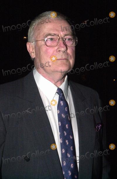 Edward Woodward Photo -  Edward Woodward at A Night At Sardis, benefitting Alzheimers Research, Beverly Hills, 03-01-00
