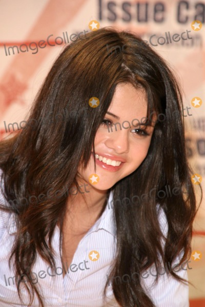"""Gomez, Selena Gomez Photo - Selena Gomez at a Mall Appearance to promote 'Ur Votes Count"""", an event for teens planning on voting in the 2012 election. Glendale Galleria, Glendale, CA. 08-16-08"""
