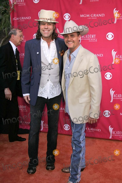 """Big Kenny Alphin, Big Kenny, John Rich, Kenny Alphin, """"Big Kenny"""" Alphin Photo - Big Kenny Alphin and John Richat the 41st Annual Academy Of Country Music Awards. MGM Grand, Las Vegas, NV. 05-23-06"""