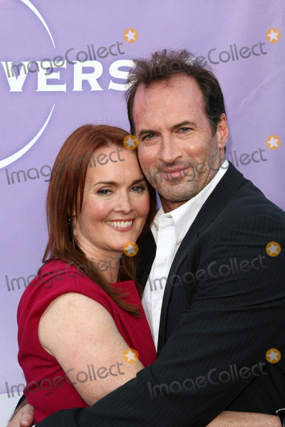 Laura Innes, Scott Patterson Photo - Laura Innes and Scott Patterson at the NBC Summer Press Tour Party, Beverly Hilton Hotel, Beverly Hills, CA. 07-30-10
