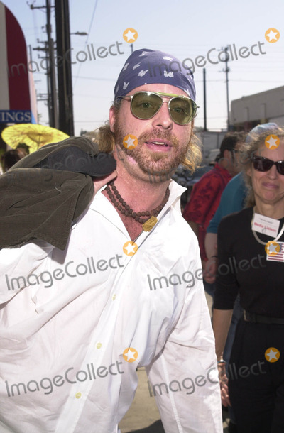 """Leif Garrett, 911, Tragedie Photo -  LEIF GARRETT at the celebrity recording of """"We Are Family"""" to benefit the victims of New York's 9-11 tragedy, 09-23-01"""