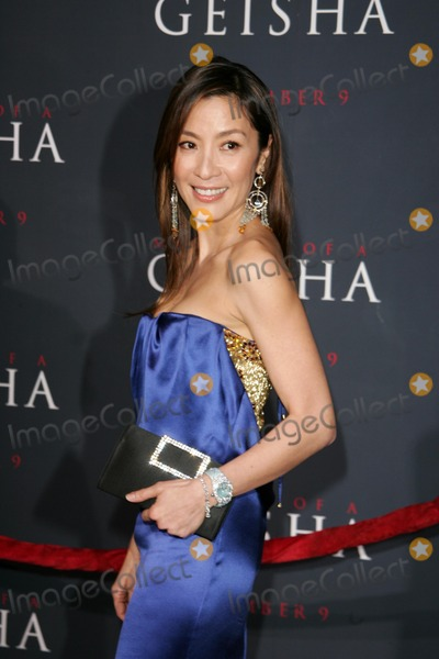 Michelle Yeoh Photo - Michelle Yeoh