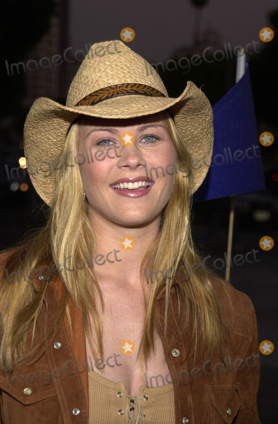 """Alison Sweeney Photo -  ALISON SWEENEY at the premiere of Warner Brother's """"Summer Catch"""" at Mann's Village Theater, Westwood, 08-22-01"""