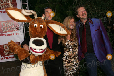 """Roger Allers, Anthony Stacchi Photo - Roger Allers with Jill Culton and Anthony Stacchiat the Los Angeles Premiere of """"Open House"""". The Greek Theatre, Hollywood, CA. 09-25-06"""