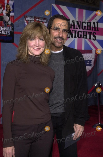 "Crystal Bernard Photo - Crystal Bernard and Husband Tony at the premiere of Touchstone Pictures ""Shanghai Knights"" at the El Capitan Theater, Hollywood, CA 02-03-03"