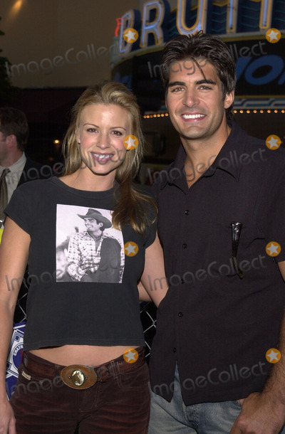 """Photo -  Galen Garing and date at the premiere of Warner Brother's """"Summer Catch"""" at Mann's Village Theater, Westwood, 08-22-01"""