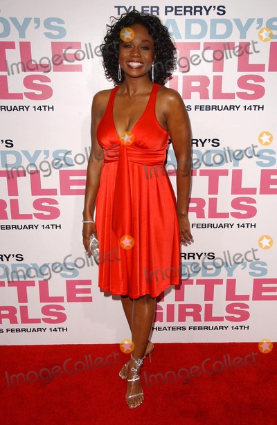 """Photo - Chantell D. Christopherat the premiere of """"Daddy's Little Girls"""". Cinerama Dome, Hollywood, CA. 02-07-07"""
