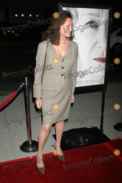 Jacqueline Bisset, Queen Photo - Jacqueline Bisset