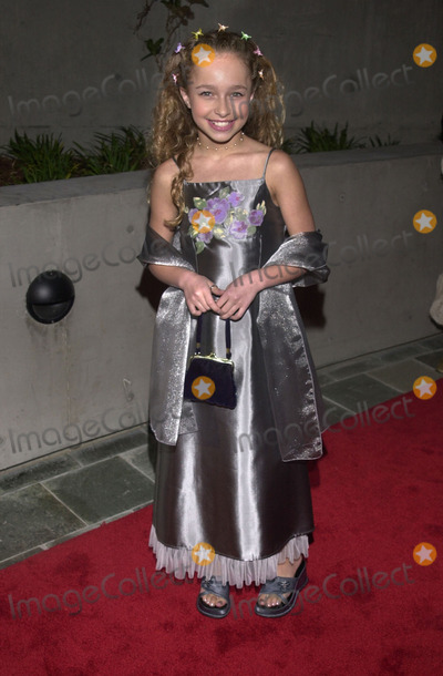 Hayden Panettiere Photo -  Hayden Panettiere at the 9th Annual Movieguide Awards, Skirball Cultural Center, 03-21-01