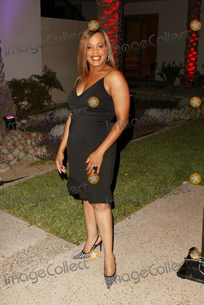 photos and pictures niecy nash. Black Bedroom Furniture Sets. Home Design Ideas