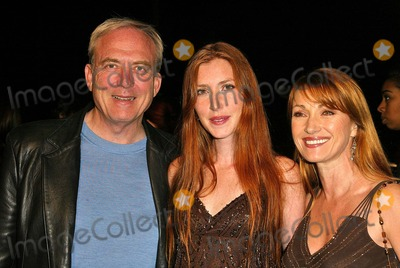 """James Keach, Jane Seymour, Katherine Flynn Photo - James Keach, Jane Seymour and daughter Katherine Flynn at the Worldwide Premiere of MGM's """"Beauty Shop"""" at the Mann National Theater, Westwood, CA 03-24-05"""