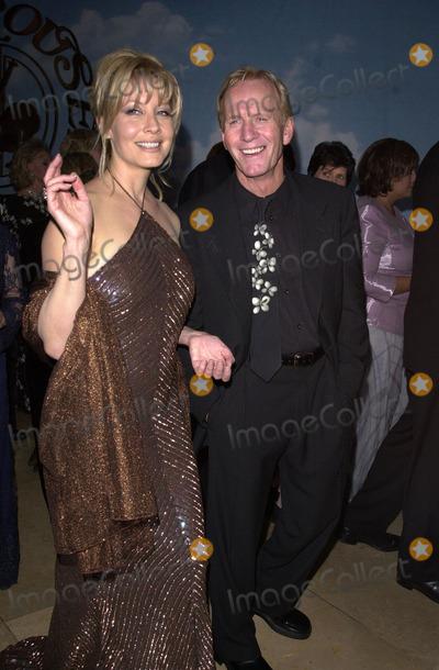 Photos and Pictures - Paul Hogan and Linda Kozlowski at ...