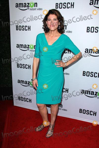 "Amy Aquino Photo - Amy Aquino at the ""Bosch"" Amazon Red Carpet Premiere Screening, Cinerama Dome, Hollywood, CA 02-03-15"