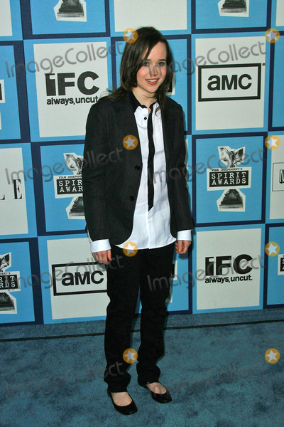 Ellen Page Photo - Ellen Page at the 2008 Film Independent's Spirit Awards. Santa Monica Pier, Santa Monica, CA. 02-23-08