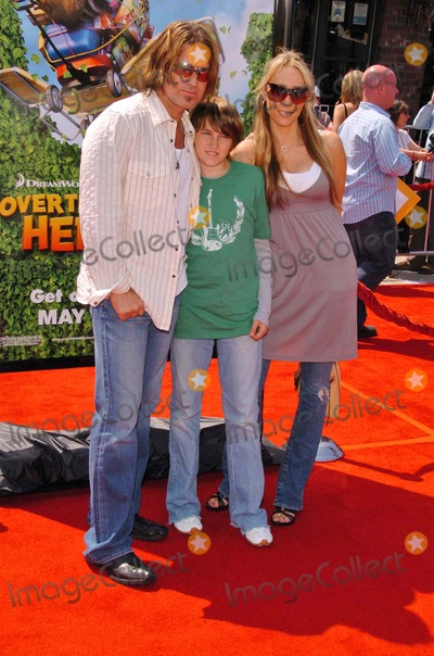 """Billy Ray Cyrus, Billy Ray, Maná Photo - Billy Ray Cyrus and familyat the Los Angeles Premiere of """"Over The Hedge"""". Mann Village Theatre, Westwood, CA. 04-30-06"""
