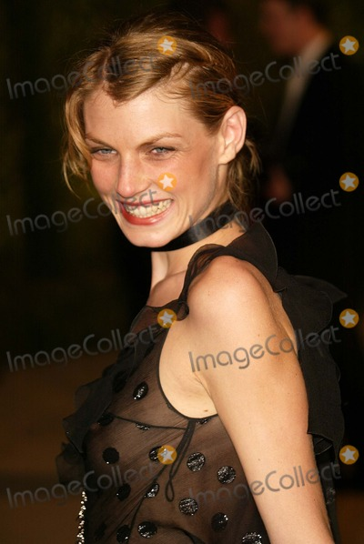 Angela Lindvall, Angela Lindval Photo - Angela Lindvall At the 2004 Vanity Fair Oscar After Party in Morton's Restaurant, West Hollywood, CA. 02-29-04