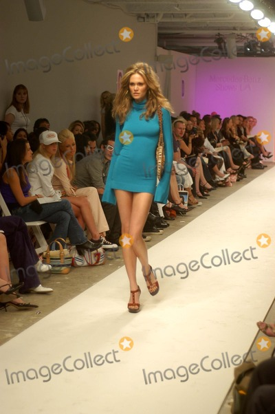 Fashion Expo Standsaur : Photos and pictures frankie b models model at