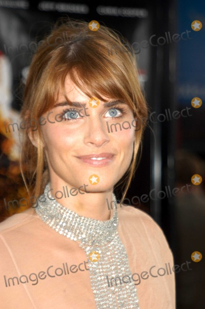 """Amanda Peet, Amanda Peete Photo - Amanda Peet at the premiere of Universal's """"Seabiscuit"""" at Mann Village Theater, Westwood, CA 07-22-03"""