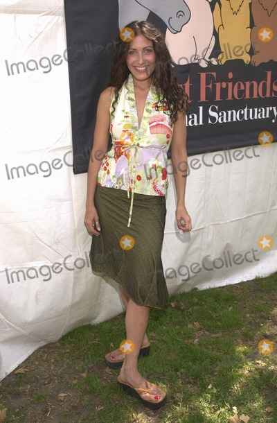Lisa Edelstein, Johnny Carson Photo - Lisa Edelstein at the Best Friends Animal Sanctuary Pet Adoption Festival, at Johnny Carson Park, Burbank, CA 09-14-02