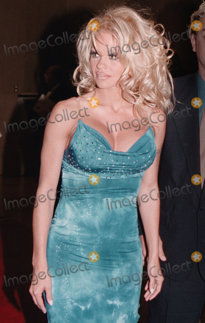 Pam Anderson, Genesis Photo -  PAM ANDERSON at the 2001 Genesis Awards, Beverly Hilton Hotel, 03-09-01