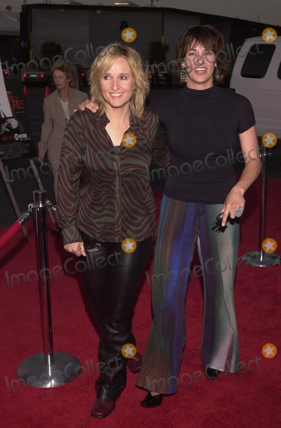 "Melissa Etheridge, Julie Cypher Photo -  Melissa Etheridge and Julie Cypher at the premiere of Showtime's ""DIRTY PICTURES"" in Santa Monica, 05-23-00"