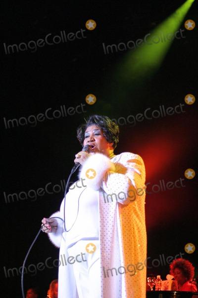 Aretha Franklin Photo - Aretha Franklin at the Aretha Franklin Concert at the Greek Theatre, Los Angeles, CA. 09-18-04