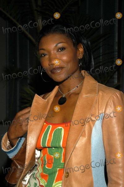 Shay, Shai Photo - Nina Shay at Enrico Coveri Launches Menswear Line, White Lotus, Hollywood, Calif., 06-11-03