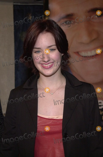 "Ashley Johnson Photo -  Ashley Johnson at the premiere of Paramount Pictures ""What Women Want"" in Westwood, 12-13-00"