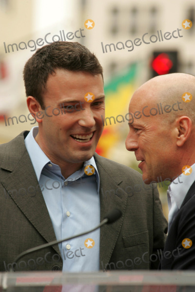 Ben Affleck, Bruce Willis, The Ceremonies Photo - Ben Affleck and Bruce Willisat the Ceremony honoring Bruce Willis with the 2,321st star on the Hollywood Walk of Fame. Hollywood Boulevard, Hollywood, CA. 10-16-06