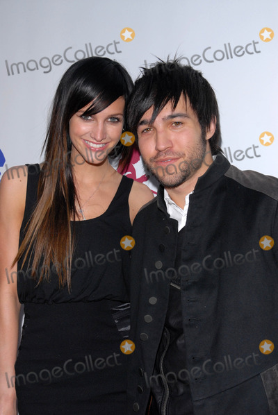 """Ashlee Simpson, Ashlee Simpson Wentz, Ashlee Simpson-Wentz, Pete Wentz Photo - Ashlee Simpson-Wentz and Pete Wentz at """"The Empire Strikes Back"""" 30th Anniversary Charity Screening Benefiting St. Jude Children's Research Hospital, ArcLight Cinemas, Hollywood, CA. 05-20-10"""