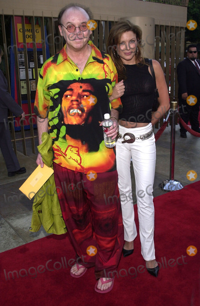 "Bud Cort, Kari Wuhrer Photo -  BUD CORT and KARI WUHRER at the premiere of Warner Brothers ""Osmosis Jones"" at the Egyptian Theater, Hollywood, 08-07-01"