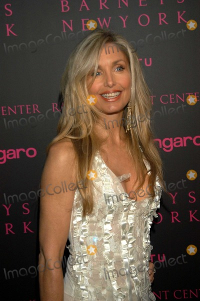Photos and Pictures - Heather Thomas at the Emanuel Ungaro