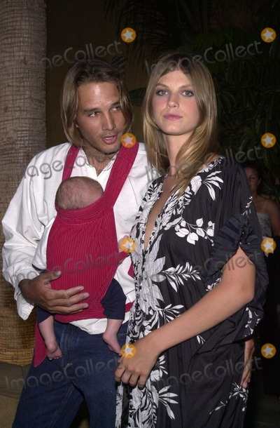 "Angela Lindvall, Angela Lindval Photo - Angela Lindvall, Husband William and Son William Dakota at the premiere of United Artist's ""CQ"" at the Egyptian Theater, Hollywood, 05-13-02"