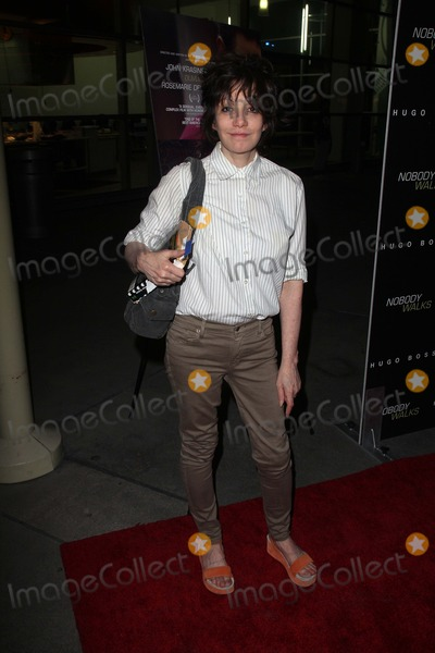 """Amy Heckerling Photo - Amy Heckerling at the """"Nobody Walks"""" Los Angeles Premiere, Arclight, Hollywood, CA 10-02-12"""