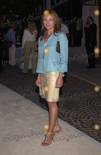 Beck Photo -  Noelle Beck at the opening of the Badley & Mischka Rodeo Drive Boutique in Beverly Hills. 09-07-00