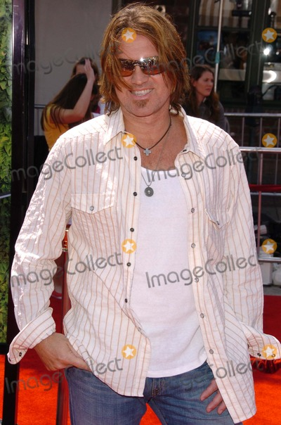 """Billy Ray, Billy Ray Cyrus, Maná Photo - Billy Ray Cyrusat the Los Angeles Premiere of """"Over The Hedge"""". Mann Village Theatre, Westwood, CA. 04-30-06"""