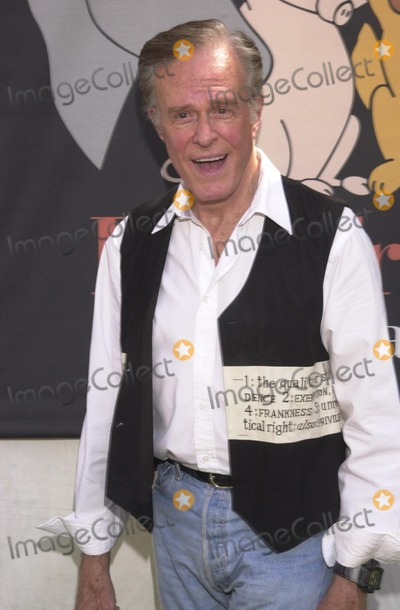 Robert Culp, Johnny Carson Photo - Robert Culp at the Best Friends Animal Sanctuary Pet Adoption Festival, at Johnny Carson Park, Burbank, CA 09-14-02