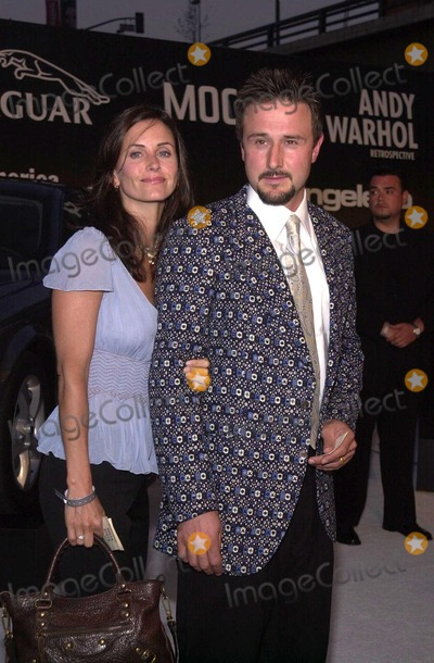 Courtney Cox, David Arquette, Andy Warhol Photo - Courtney Cox and David Arquette at the Museum of Contemporary Art's opening gala for their Andy Warhol exhibit, Los Angeles, 05-22-02