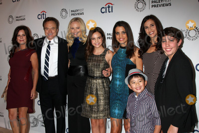 Bailee Madison, Bradley Whitford, Malin Akerman, Marcia Gay Harden, Michaela Watkins, Natalie Morales, Gay Harden, Albert Tsai Photo - Marcia Gay Harden, Bradley Whitford, Malin Akerman, Bailee Madison, Natalie Morales, Albert Tsai, Michaela Watkins, Ryan Scott Lee
