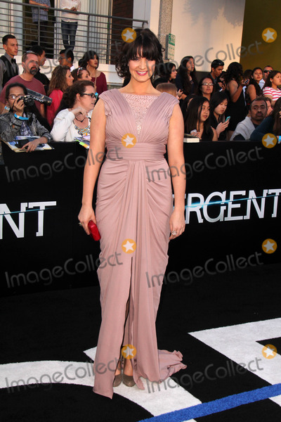 """Amy Newbold Photo - Amy Newbold at the """"Divergent"""" Los Angeles Premiere, Regency Bruin Theatre, Westwood, CA 03-18-14"""