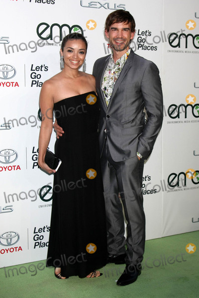 Christopher Gorham, Anel Lopez Photo - Anel Lopez, Christopher Gorham at the Environmental Media Awards 2015, Warner Brothers Studio, Burbank, CA 10-24-15